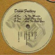 Drum Factory - In The Middle